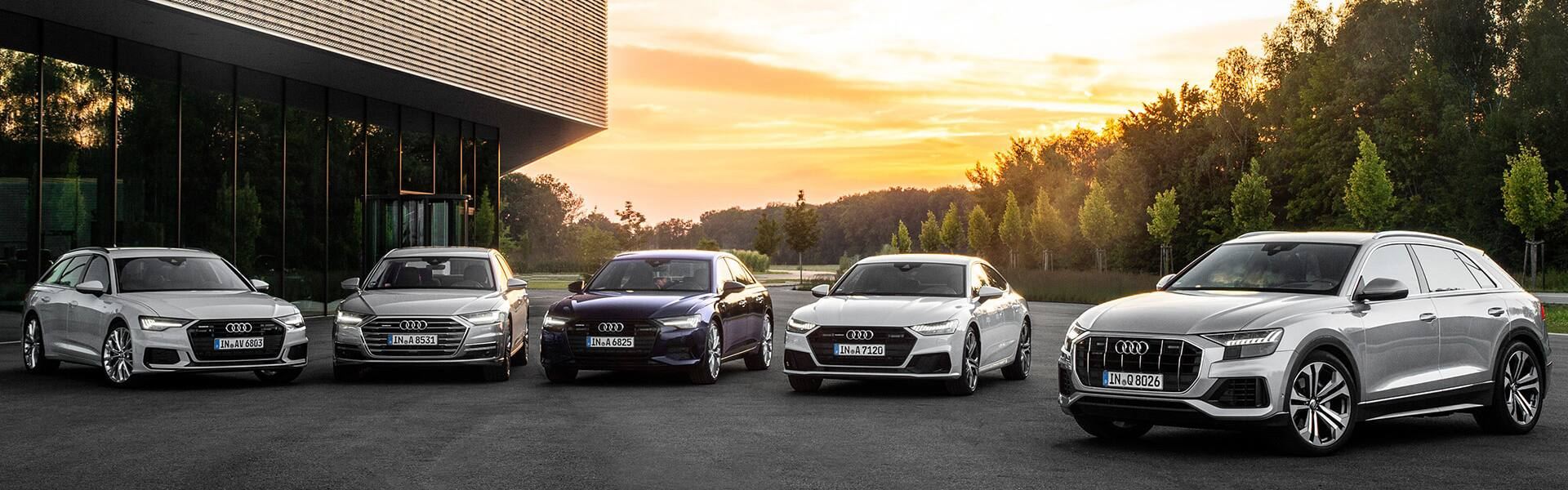 audi-connect_stage_1920x600.jpg