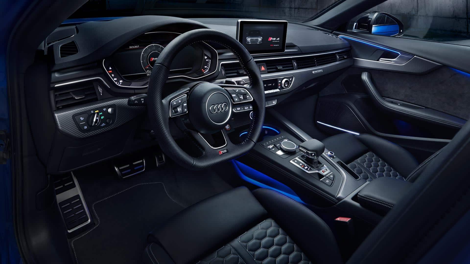 Rs 4 avant audi svizzera for Audi a6 avant interieur